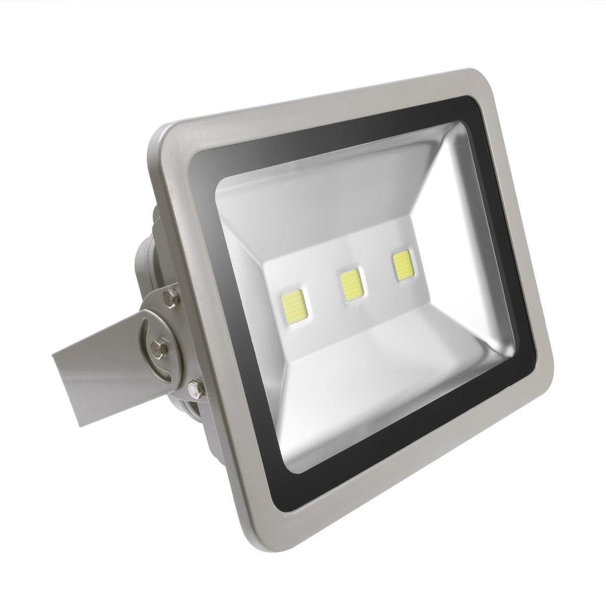 Luces led o control de iluminaci n cual es la mejor for Luces led para jardineras